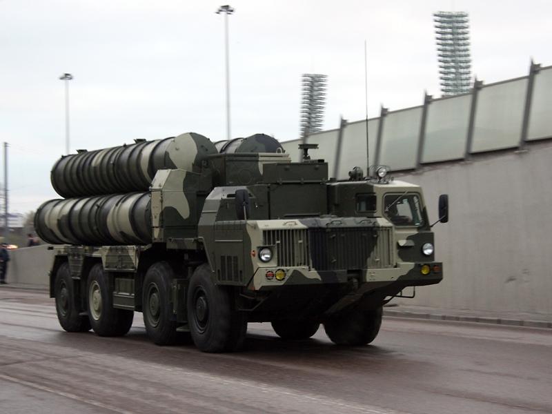 ВМинобороныРФ сообщили опланах сбивать американские ракеты вСирии