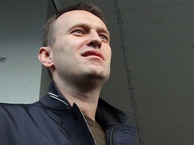 Главное событие месяца, а может, и года — суд над Навальным в Кирове. Самый обсуждаемый вопрос — посадят ли Навального?