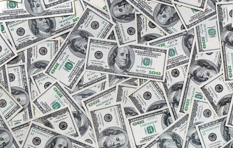 Колдовские чары доллара