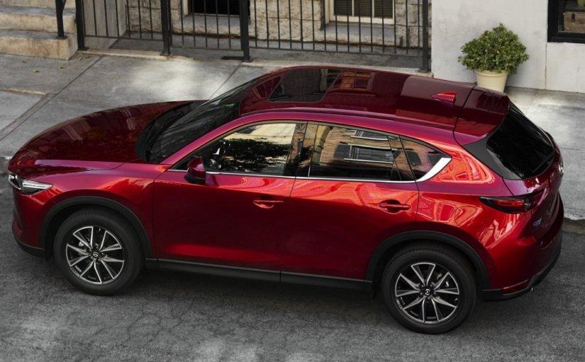Mazda начала продажи в России особого кроссовера CX-5 Black Edition