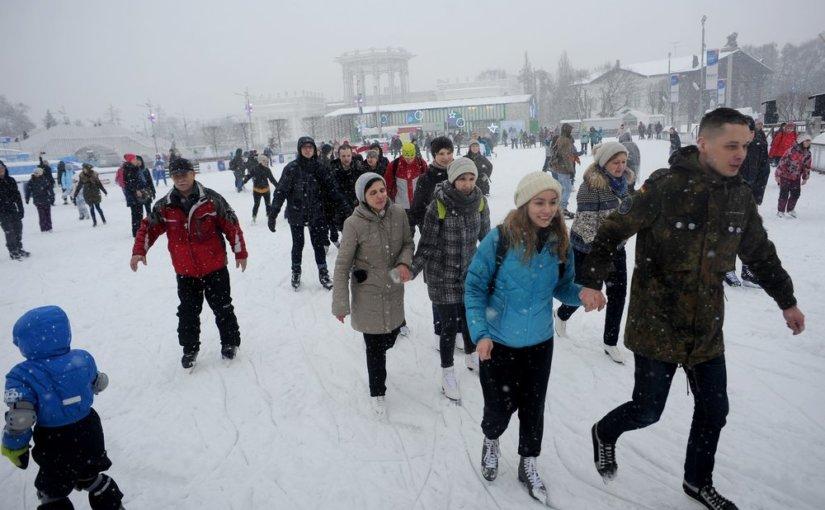 Более 1500 катков будут работать зимой в Москве