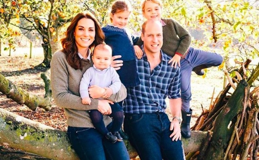 Опубликованы Рождественские открытки королевской семьи Великобритании