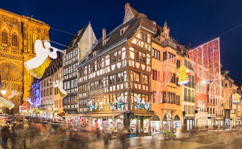 Макрон посетит открывшуюся после теракта ярмарку в Страсбурге