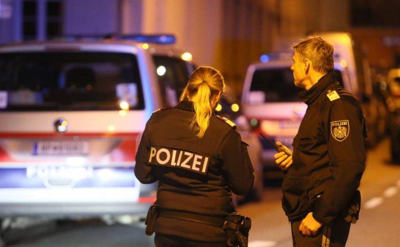 Двое неизвестных связали, ранили и ограбили монахов в Вене