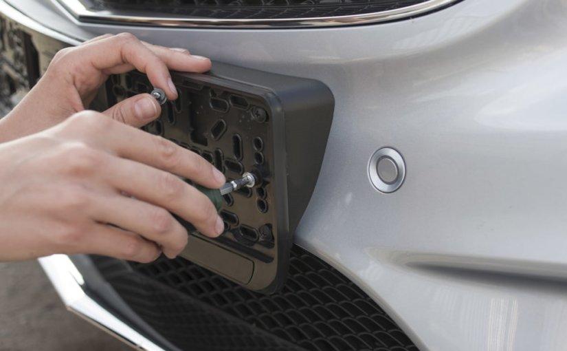 Автовладельцы будут заказывать номера на машину в частных компаниях