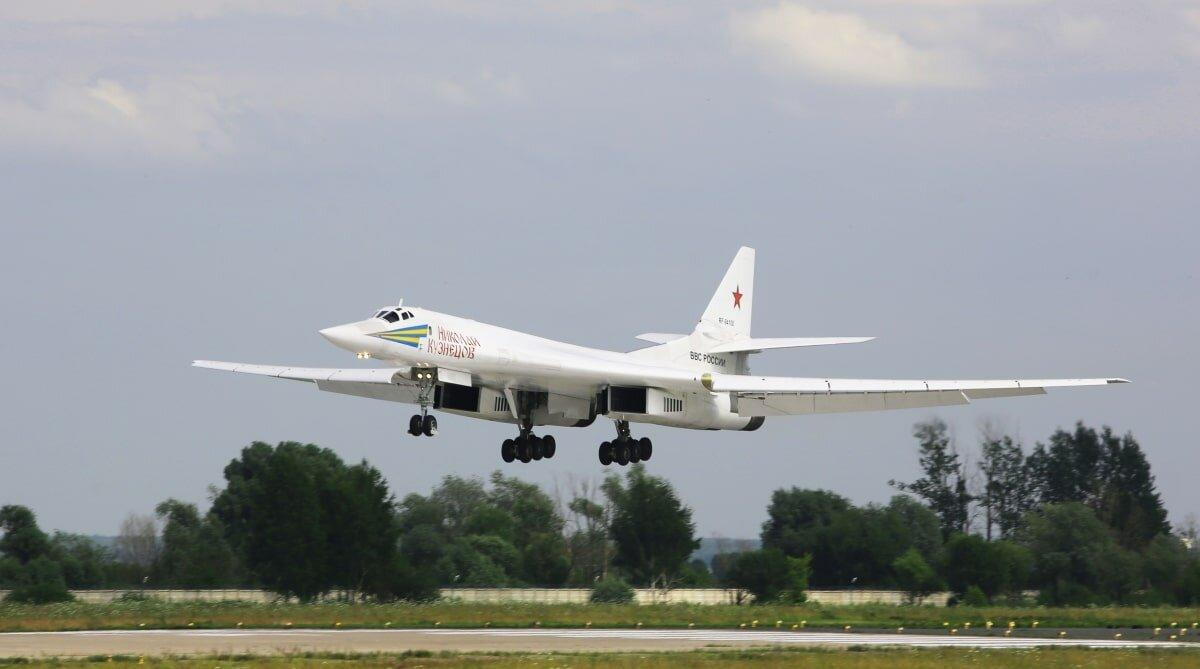 История с отрывом Ту-160 от истребителей F-35 оказалась обманом