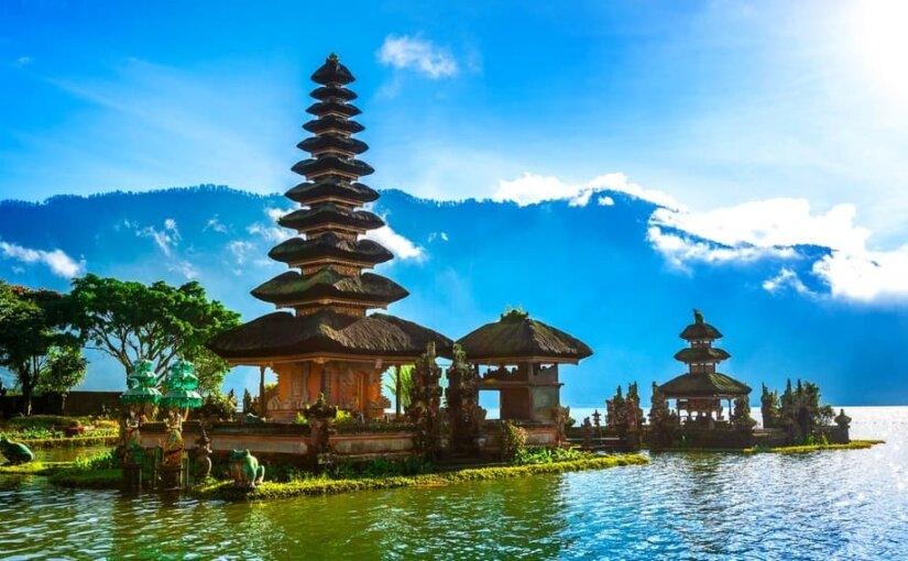 Иностранные туристы заплатят за сохранение природы и культуры острова Бали