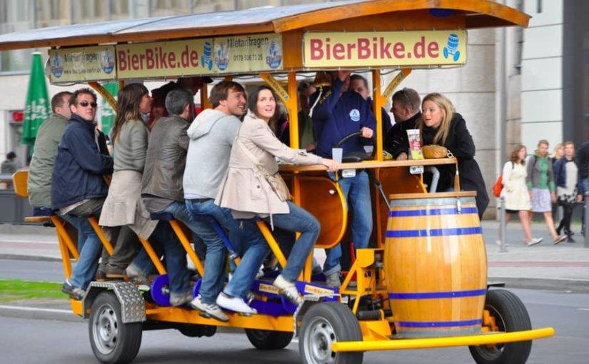Немцы осудили туристов из России и Британии за пьянство