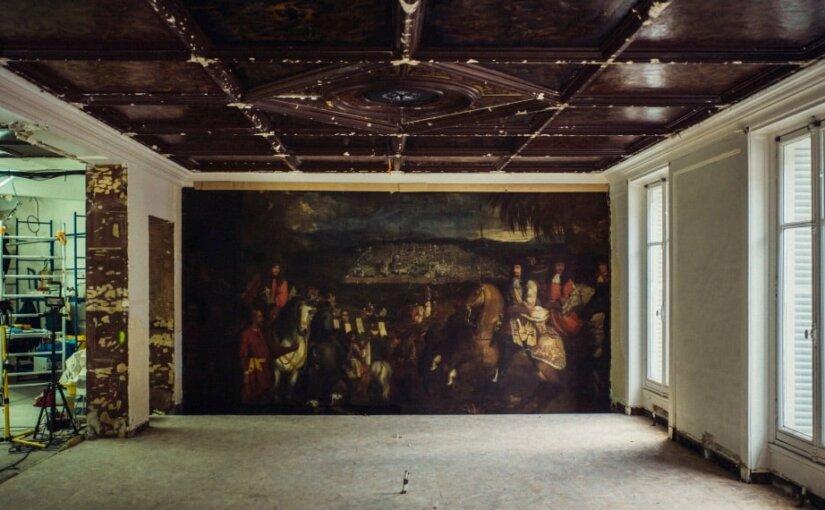 В парижском бутике во время ремонта нашли замурованную картину XVII века