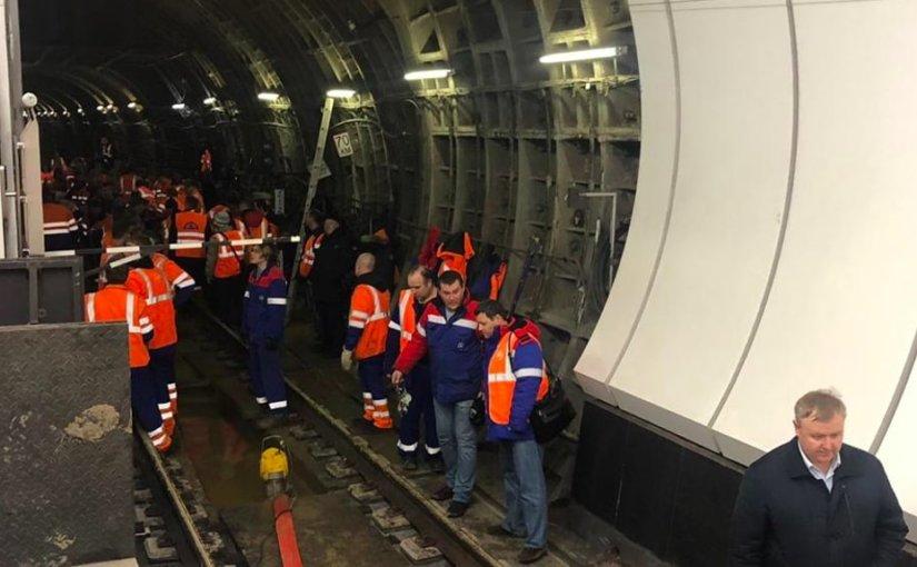 Три станции метро подтопило на севере Москвы