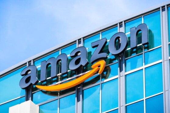 Компания Amazon заняла верхнюю строчку рейтинга самых дорогих компаний