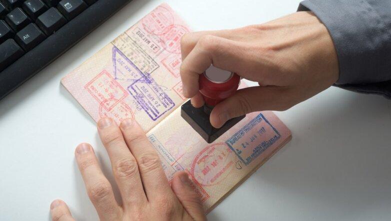 Загранпаспорт, штамп, туризм, путешествия