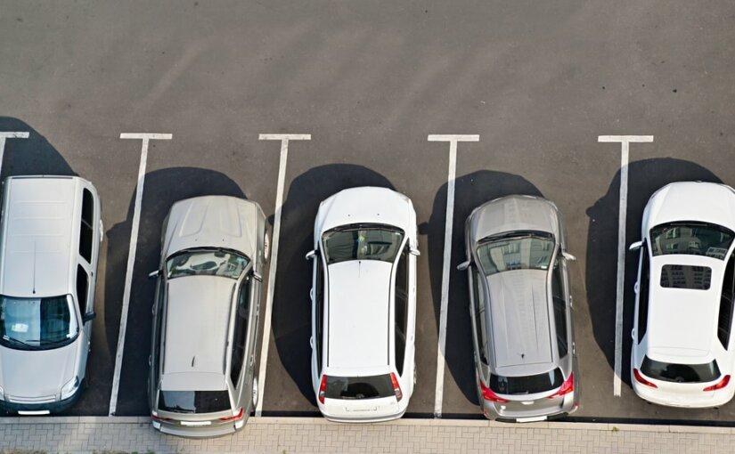 Автомобили белого цвета чаще всего покупали в 2018 году