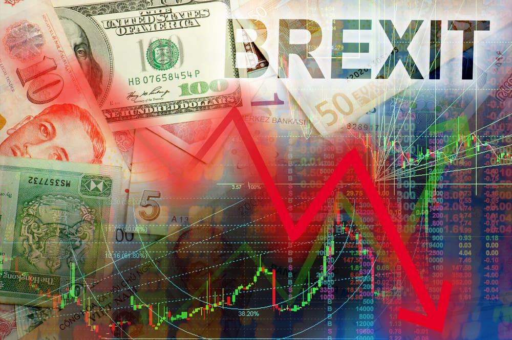 Опасаясь брекзита, бизнес бежит из Великобритании