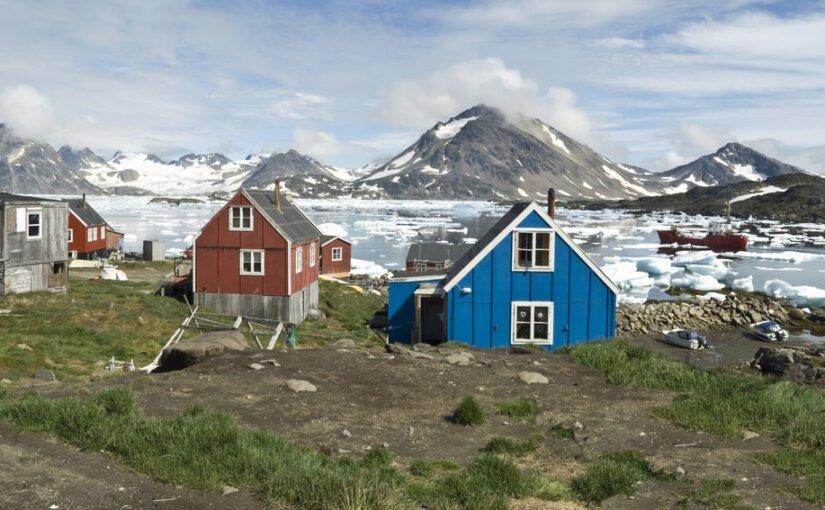 Лед в Гренландии тает с рекордной скоростью из-за потепления