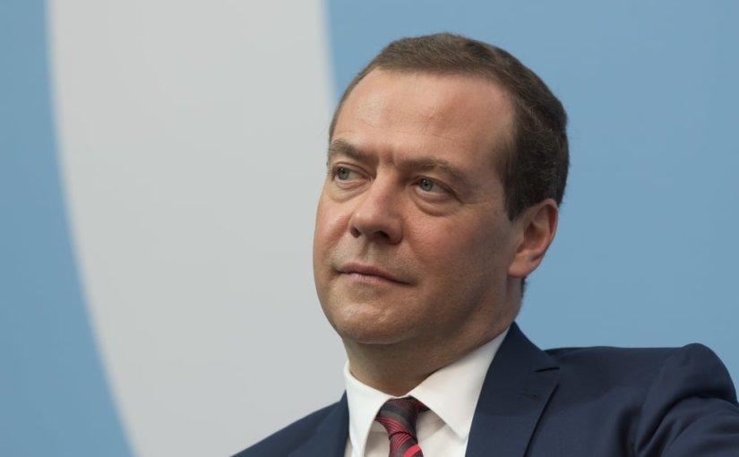 Медведев напомнил Минску о получаемой из России помощи