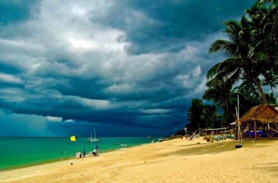 На юге Тайланда бушует сильнейший ураган