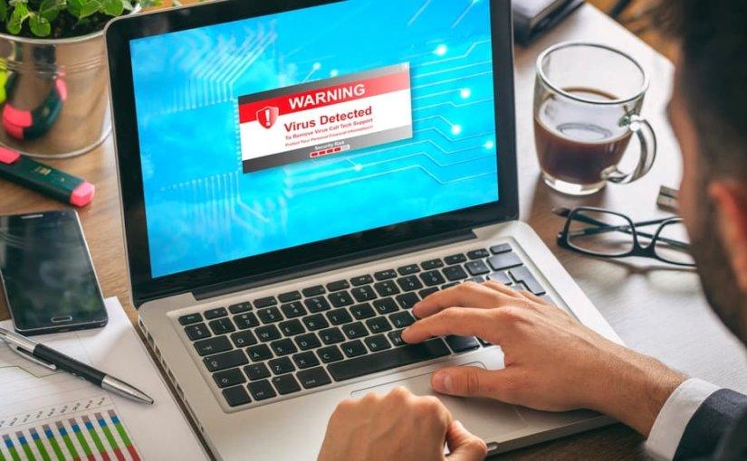 Опасный вирус-вымогатель распространяется в интернете