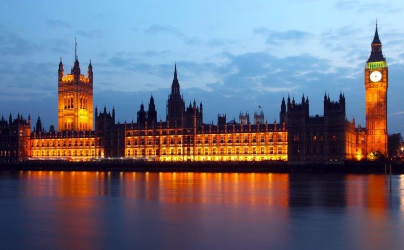 Предложенный Мэй план Брекзита с треском провалился в парламенте