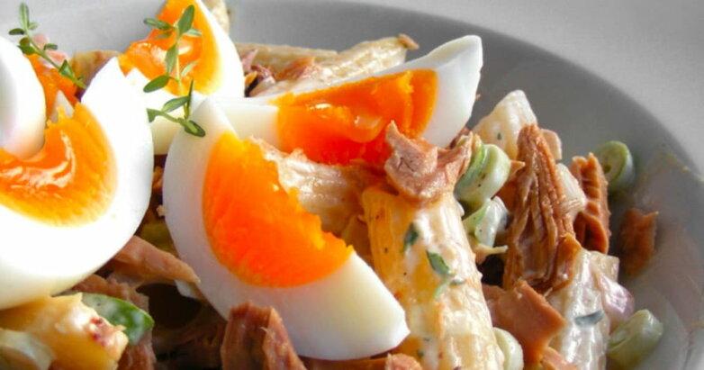 Салат из тунца и яиц