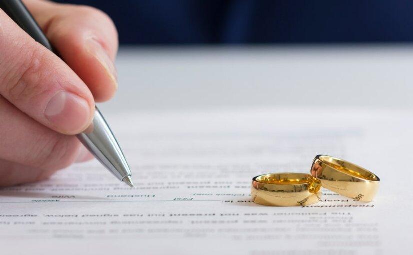 Россияне за последние 5 лет стали реже жениться и разводиться