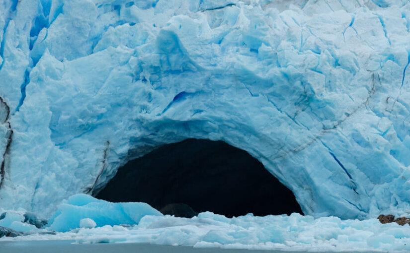 Опасное таяние ледника на западе Антарктиды заметили ученые
