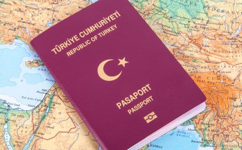 Миллиону турецких граждан упростят въезд в Россию