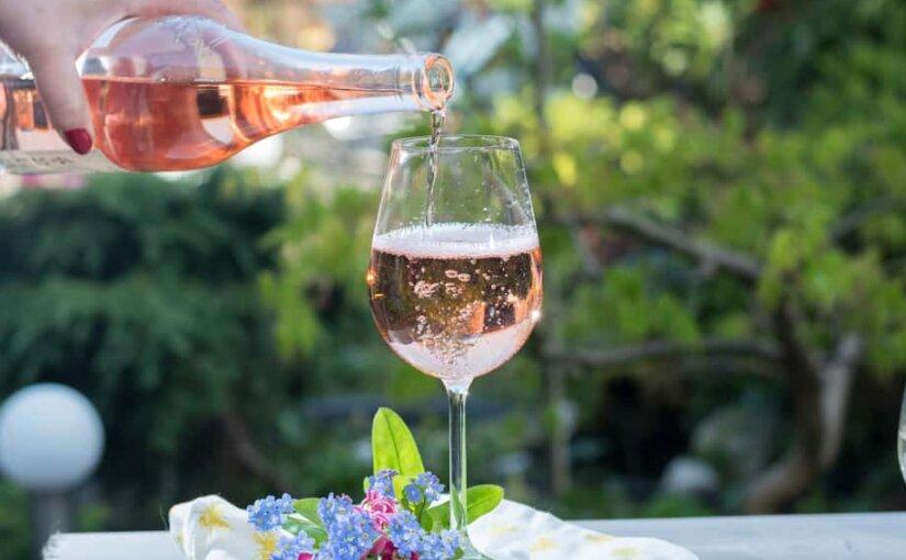 Минкульт считает, что надо вернуть алкоголь в очаги культуры