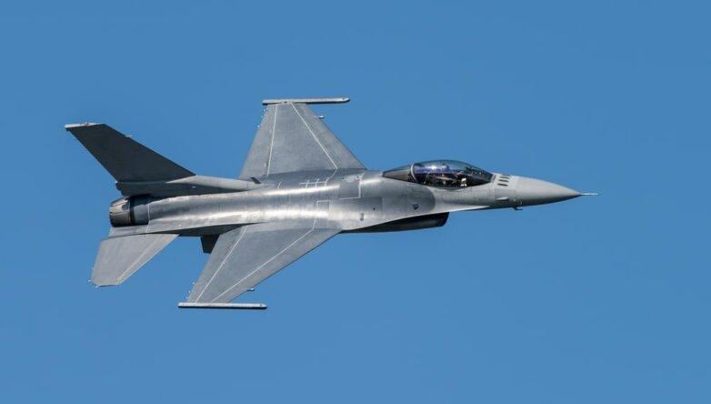 Американский истребитель F-16, армия, США, ВВС, самолёт