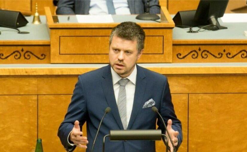 Эстония вновь требует от России 1,2 миллиарда евро за «советскую оккупацию»