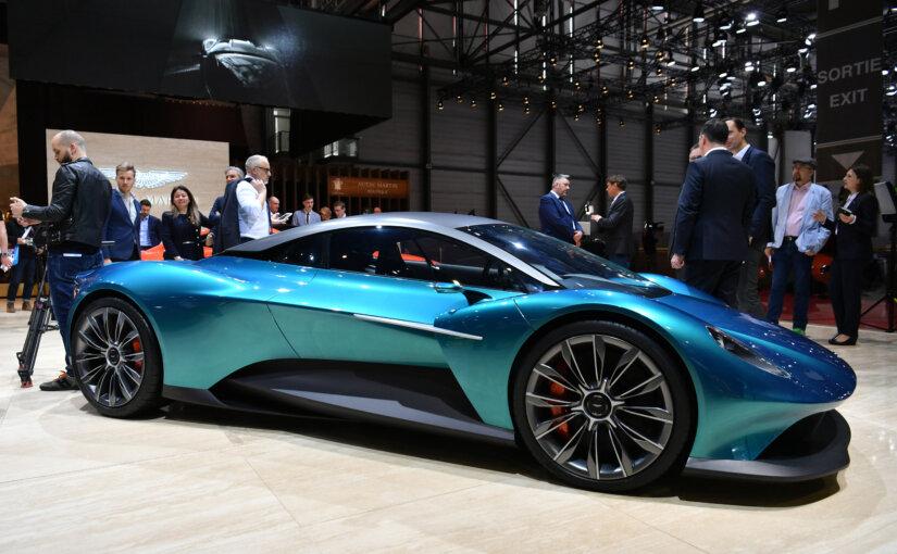Бонд в новом фильме будет ездить на экологичном электрокаре Aston Martin