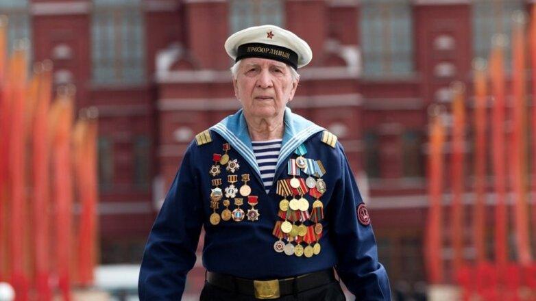 Ветеран Великой Отечественной войны, моряк, награды, медали, ордена, форма