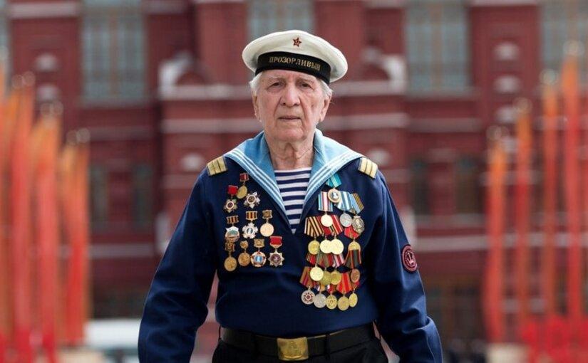 В Латвии могут запретить ветеранам ВОВ носить форму СССР 9 мая