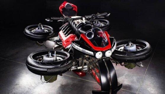 Компания Lazareth анонсировала выпуск первого в истории летающего мотоцикла