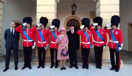 Итальянская «Елизавета II» рассказала, что продолжает готовить завтраки для детей