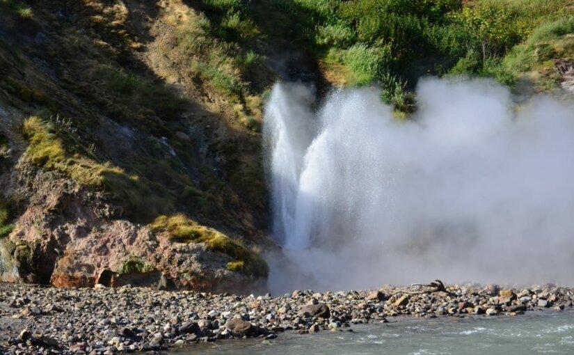 На Камчатке назван гейзер в честь «Восточного Порта»