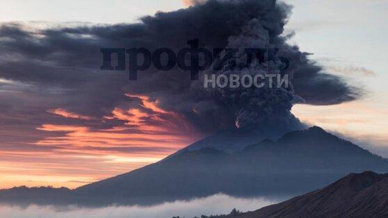 Курильский вулкан Райкоке «проснулся» впервые за 95 лет