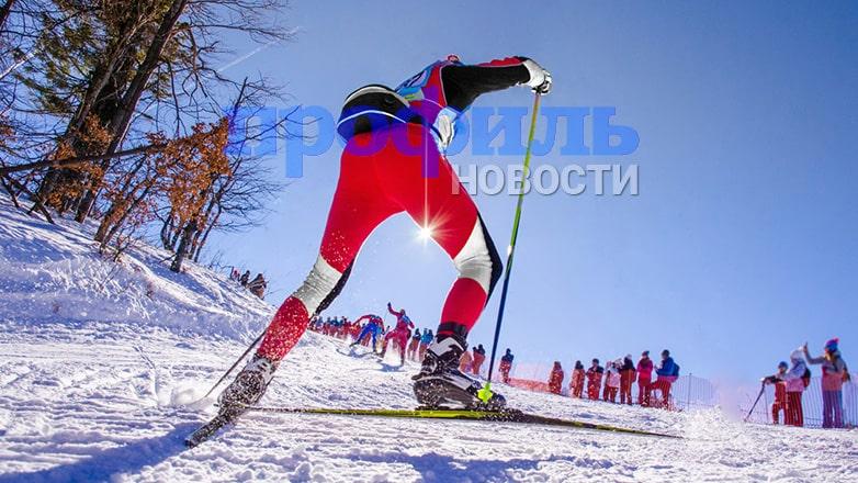 В Сети появилось видео с пиратами, съезжающими с горы на сноубордах и лыжах