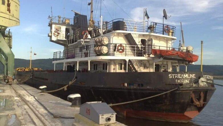 Российское судно Streamline