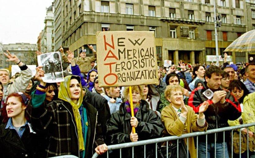 МИД Германии считает, что бомбардировки Югославии были правильными