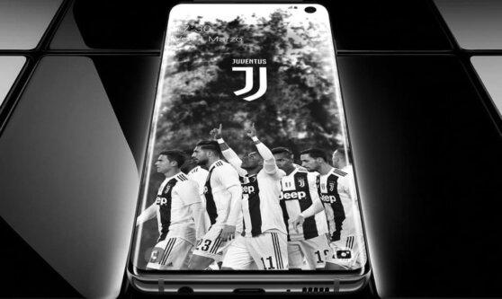 Samsung представил версию Galaxy S10 для фанатов футбола