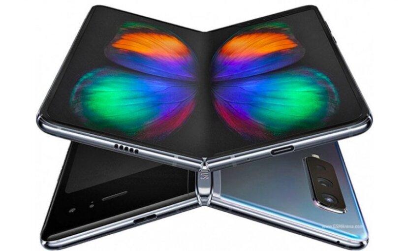 В сети появилось видео реального гибкого Samsung Galaxy Fold