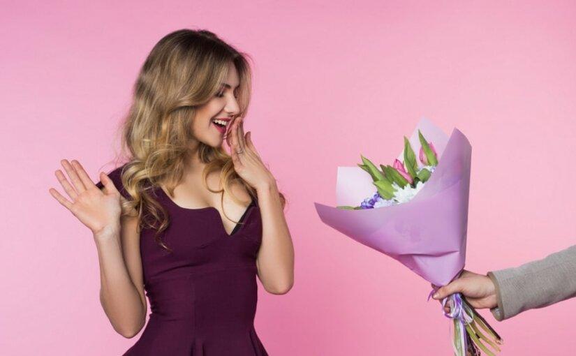Роспотребнадзор рассказал о правилах выбора цветов накануне 8 марта
