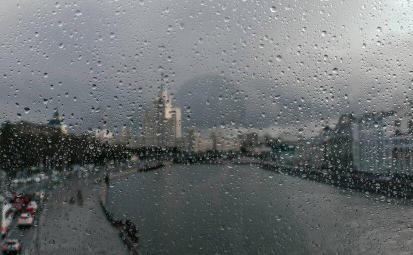На Москву надвигаются штормы и ураганы