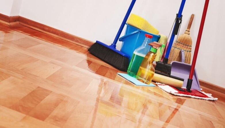 Средство для мытья пола, чистый пол, чистящее, моющее