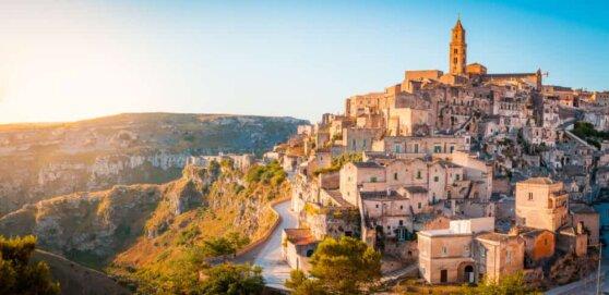 Новый фильм о Джеймсе Бонде будут снимать в древнем итальянском городе