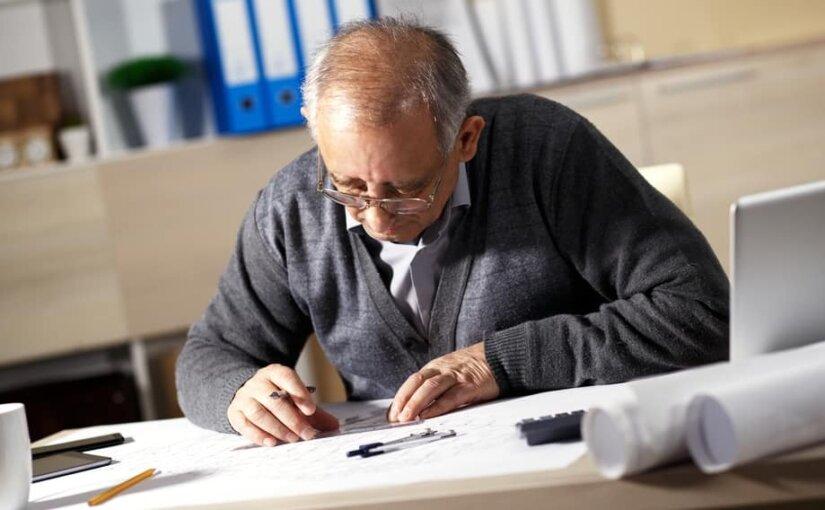 Число добровольных отказов от пенсии в РФ выросло в 2 раза за 2 года