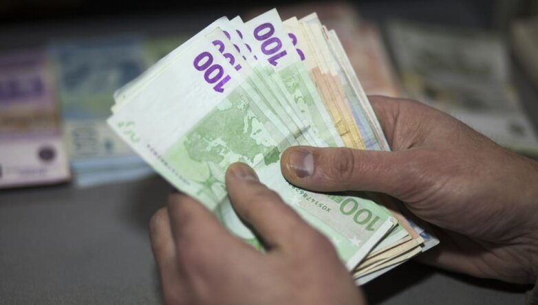 Евро, деньги, валюта, обмен