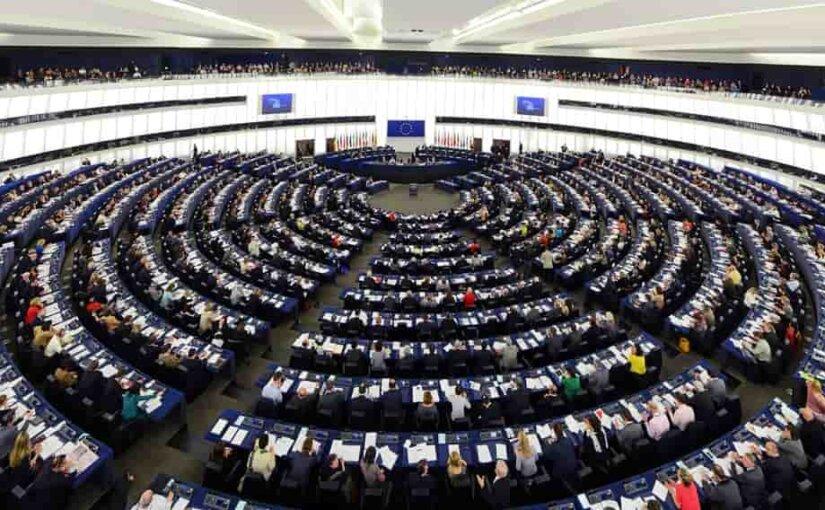 Европарламент перестал считать Россию стратегическим партнером