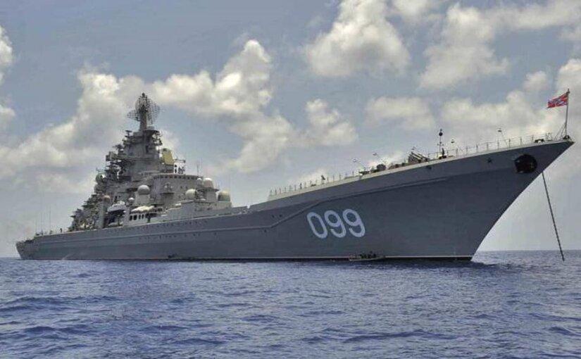 Атомный крейсер «Петр Великий» проведет учения в Баренцевом море
